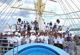 Peque os cruceros cruceros por el for Mrw barcelona oficinas